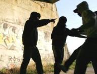 Napoli, aggrediscono 13enne e poi diffondono video: 6 denunciati