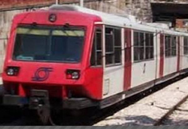Napoli, Eav sopprime 13 corse Circumvesuviana: insorgono i pendolari