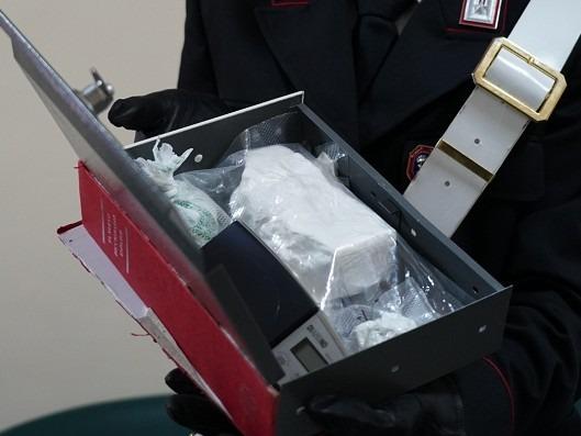 Traffico di droga, 21 arresti nell'hinterland a nord di Napoli