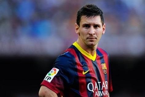 Frode fiscale, Messi e il padre condannati a 21 mesi: galera evitata per un soffio