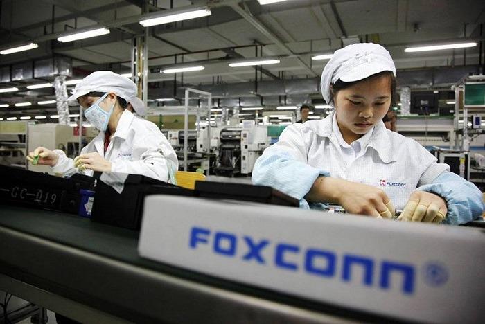 Fabbrica globale, la vita e le resistenze operaie nel modello Foxconn