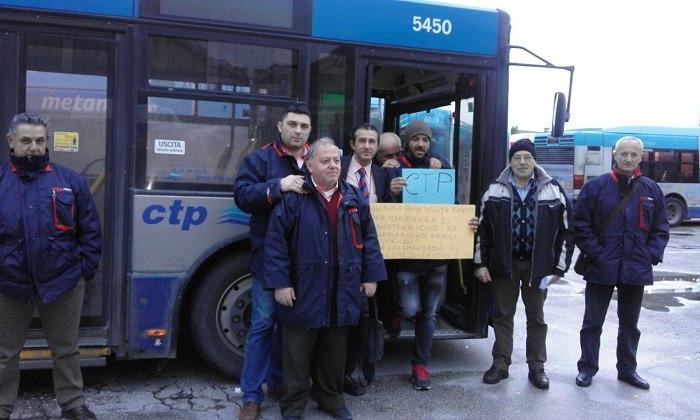 Ctp: automezzi fermi, stipendi in ritardo