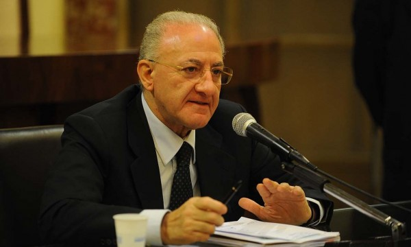 Commissario sanità, la Lega salva ancora De Luca: salta la nomina