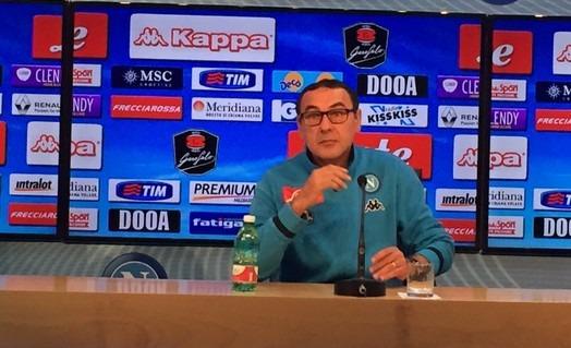"""Sarri non ammette cali di tensione dal Napoli capolista: """"Sassuolo fortissimo"""""""