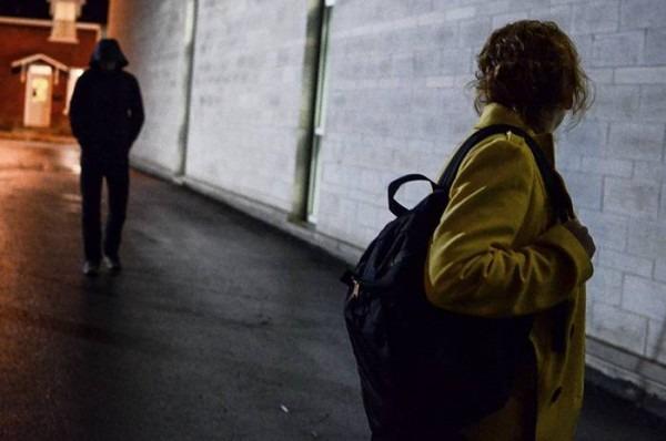 Salerno, 42enne arrestato per stalking