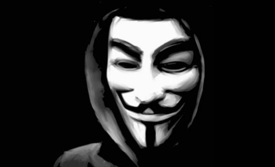 """Anonymous: """"Sventato attentato Isis a Firenze entro capodanno"""""""