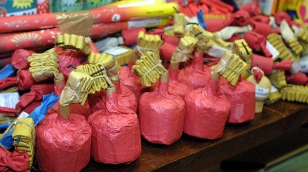 Frattamaggiore, sequestrati 50 kg di botti illegali