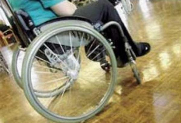 Niente risorse in bilancio, rischia di saltare l'assistenza agli anziani ed ai bambini disabili