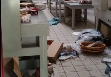 San Giovanni a Teduccio, svaligiata fabbrica di cioccolato: laboratorio devastato