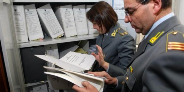 Napoli: evasione fiscale, sequestrati beni per 8 milioni di euro