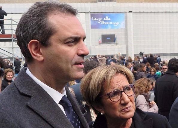 Lutto per il sindaco de Magistris, morta la mamma