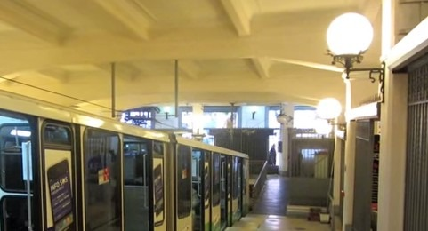 La Funicolare Centrale di Napoli chiude per 10 mesi: attivate linee sostitutive