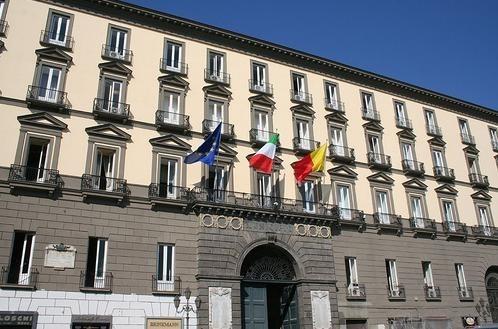 Napoli: Perrella contro l'Amministrazione Comunale