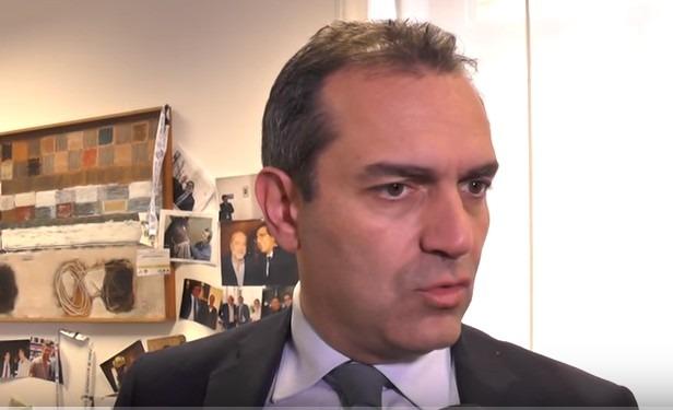 """De Magistris spara a zero sul Pd: """"Primarie schifezza, Valente è il prezzo di corruzione politica"""""""