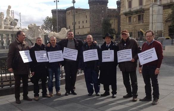 M5S, a Napoli sciopero della fame di 8 attivisti sospesi: chiesto incontro a Grillo