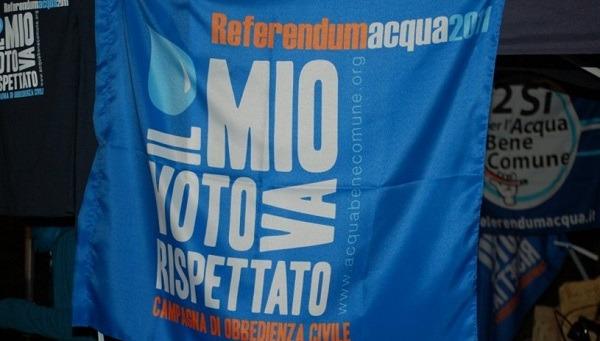 Blitz Pd su gestione dell'acqua pubblica, regalo alle multinazionali e pernacchio al referendum