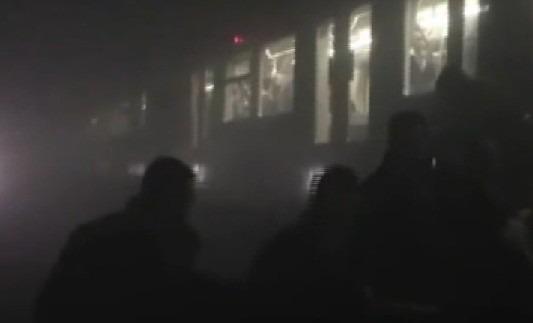 Stragi Bruxelles, fermato l'artificiere. Italiana nel metrò una probabile vittima
