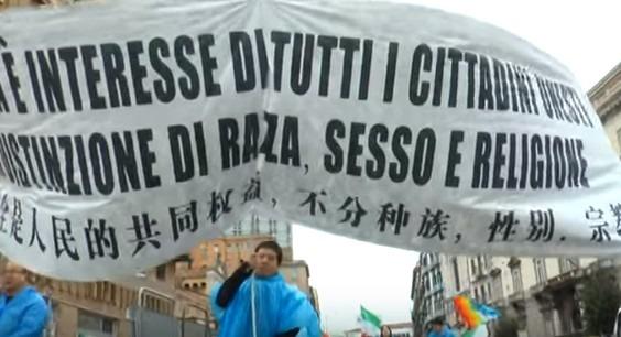 E i cinesi che s'incazzano: corteo a Napoli per chiedere più sicurezza