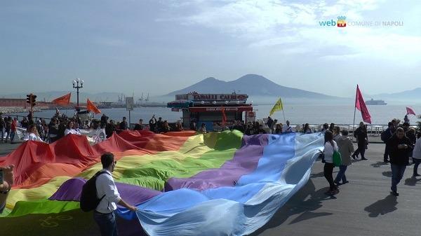 Giornata della memoria, a Napoli la marcia dei 40.000 contro le mafie – Video