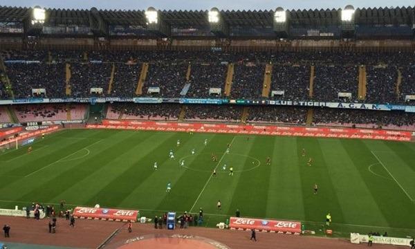 Napoli-Genoa 0-1 al 45′: Rincon gela gli azzurri