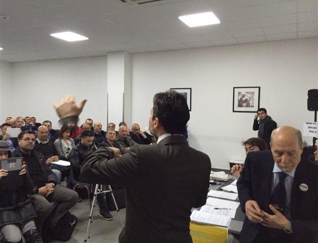 """Gli espulsi dal M5S a Napoli: """"Valutiamo ricorso, se accolto invaliderebbe il voto online"""""""