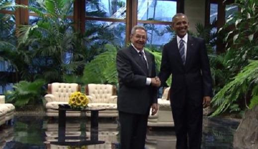E Cuba diventa yankee per un giorno: storica stretta di mano Castro-Obama
