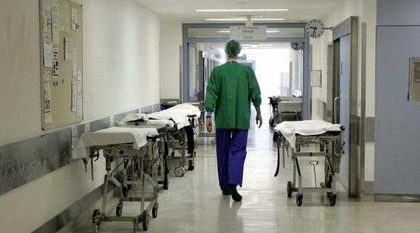"""Sos Coronavirus, giovani medici rifiutano contratto a Napoli: """"Si guadagna poco"""""""