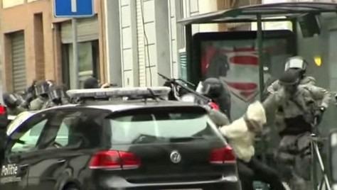 Salah collabora con la giustizia e si oppone all'estradizione in Francia