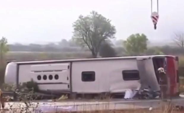 Tragico schianto bus in Catalogna, 13 vittime: i nomi delle 7 ragazze italiane