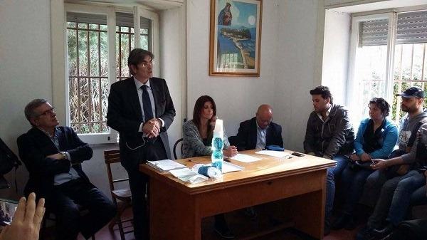Coroglio, il comitato anti espropri chiama a raccolta tutta Bagnoli: via alla petizione