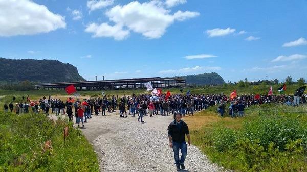 Bagnoli: assemblea con la ministra Lezzi, non ci saranno gli attivisti M5S