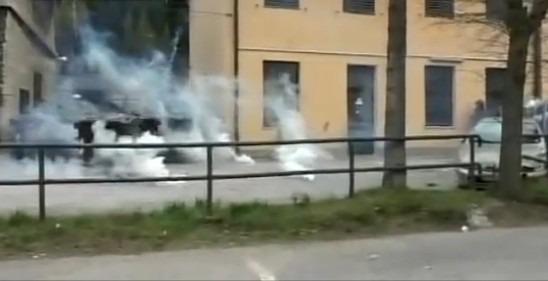 Brennero, scontri anarchici-forze dell'ordine dove vogliono costruire il muro anti immigrati