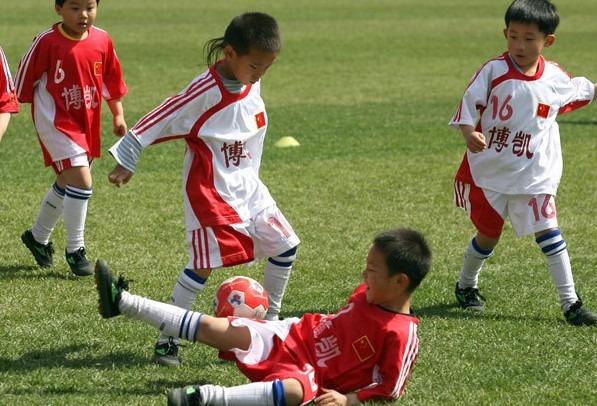 Vi spieghiamo perché la Cina vuole conquistare il calcio mondiale