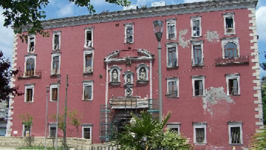 """Smantellamento ospedale San Gennaro, la promessa di De Luca: """"Non chiuderà, avrà nuove funzioni"""""""