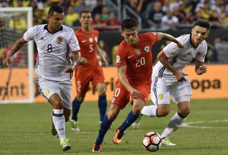 Coppa America, il Cile batte la Colombia e ritrova l'Argentina in finale