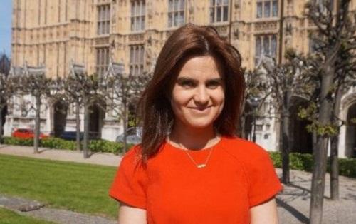 Gb, deputata anti Brexit ferita in agguato da fanatico: è grave, arrestato 52enne