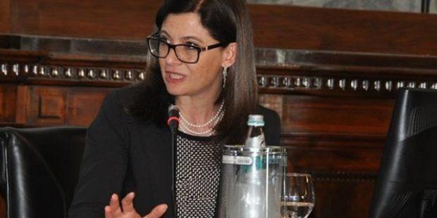 """Napoli, l'assessora Roberta Gaeta: """"Disponibile ad incontrare mamma del ragazzo disabile"""""""