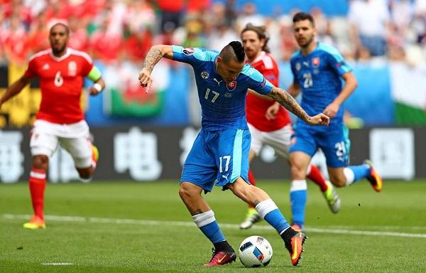 Non basta Hamsik, Slovacchia piegata dal Galles all'esordio