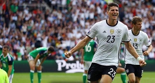 Missione compiuta Germania, basta Gomez con l'Irlanda del Nord