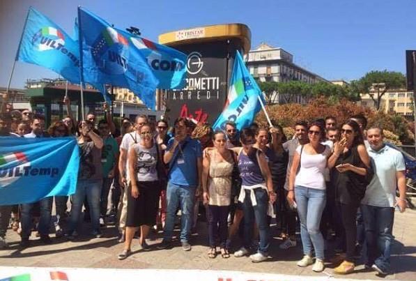"""Accenture, a Napoli sciopero e sit-in dei lavoratori: """"Basta col precariato"""""""