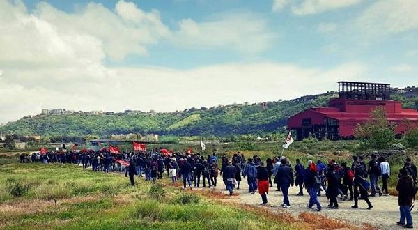 """Protesta anti commissariamento, attivisti da Bagnoli a Roma: """"Aderisca il consiglio comunale"""""""