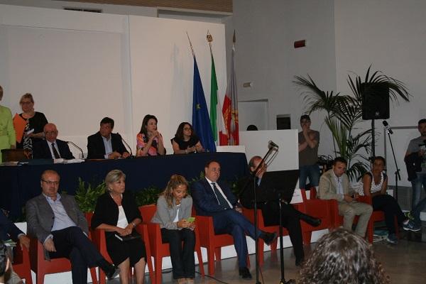 Benevento, si insedia consiglio comunale: De Minico presidente, ecco chi subentra agli assessori