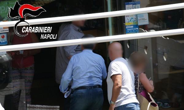 Mazzetta per pagare la Tari a rate: presi 2 dipendenti del Comune di Napoli e imprenditore