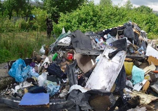 Campania, ogni anno l'Ue  incassa una multa di 800 mila euro per discarica misteriosa