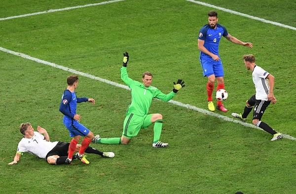 Un doppio Griezmann stende la Germania, la Francia in finale