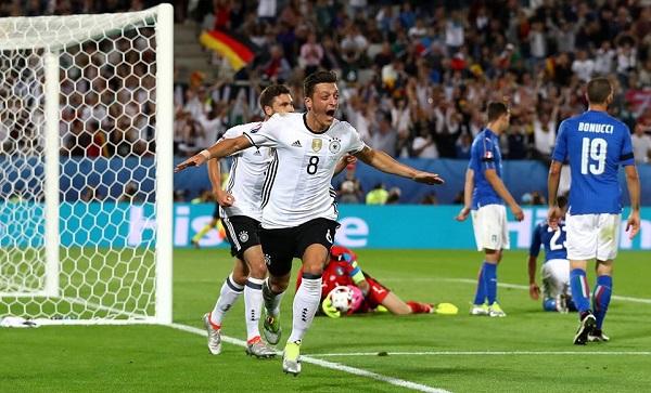 L'Italia cede ai rigori, Germania avanti dopo un'altalena di emozioni