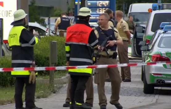 Monaco di Baviera, spari nel centro commerciale: ci sono morti e feriti