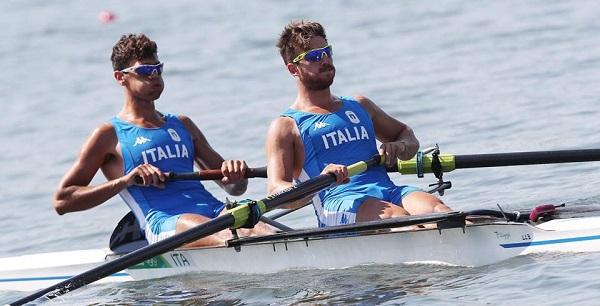 Canottaggio, rush da campioni: Abagnale-Di Costanzo portano Napoli in finale olimpica