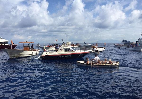 Anacapri: controlli dei carabinieri, denunciati 11 barcaioli per interruzione di pubblico servizio