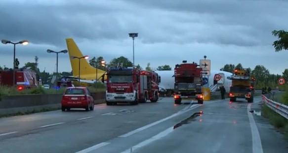 Bergamo, paura all'aeroporto: cargo invade tangenziale